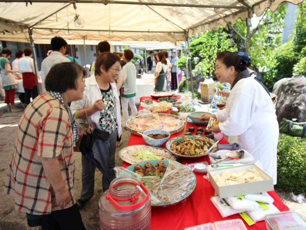 末時料理塾の末時千賀子さんの季節の家庭料理コーナー。四季折々のものを使った家庭料理を中心に「食の大切さ」を発信されているそう。
